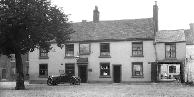 The Bulls Head and Wishing Tree 1927
